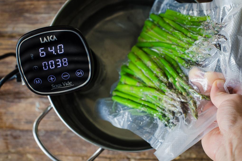 Asparagi e uovo ricetta