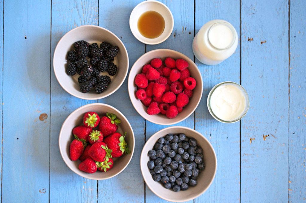 smoothie-fragole-frutti-di-bosco-1