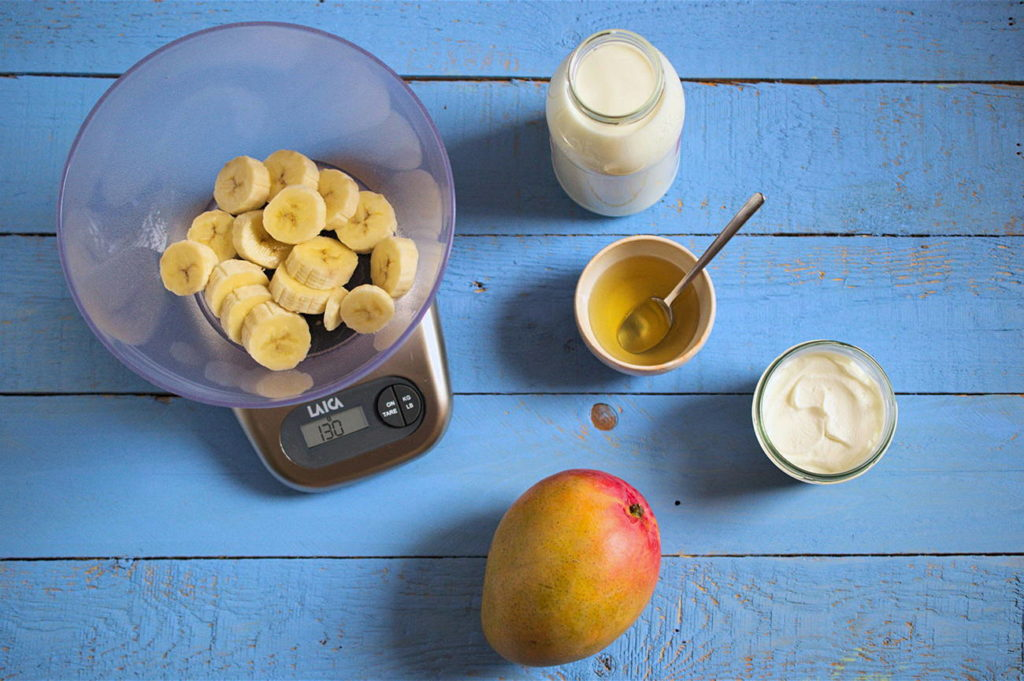 smoothie-mango-banana-2